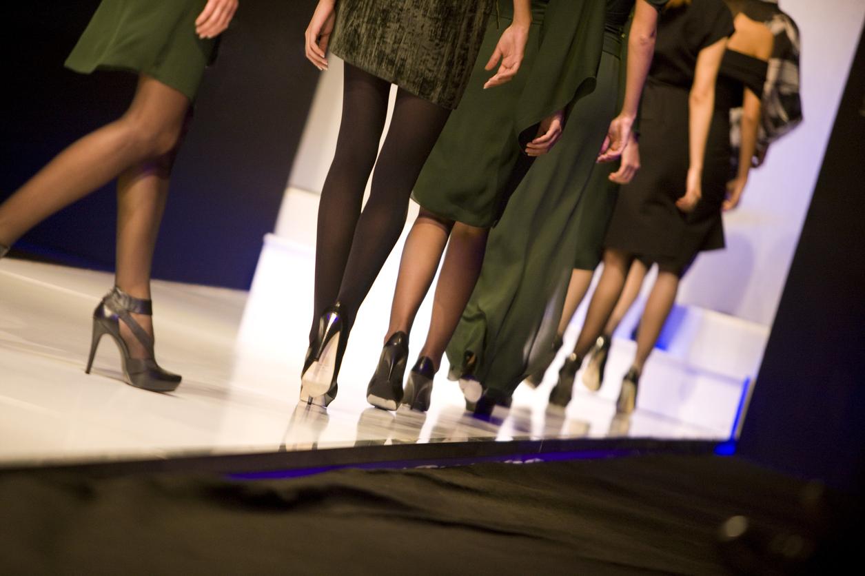 fashionshowrunway-blog-011317
