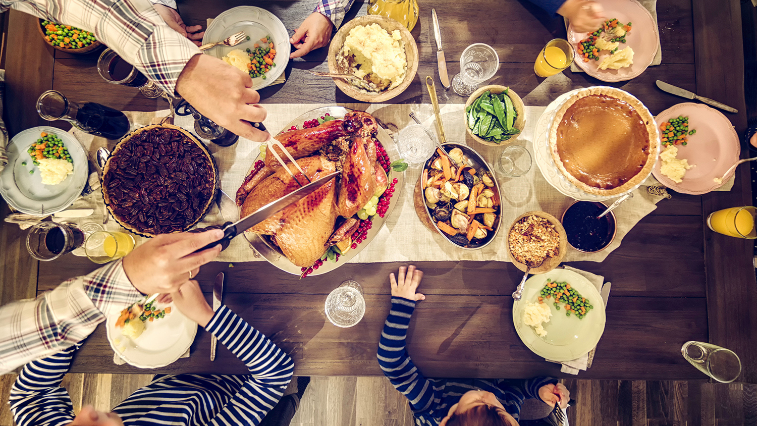 thanksgivingtable-blog-111918