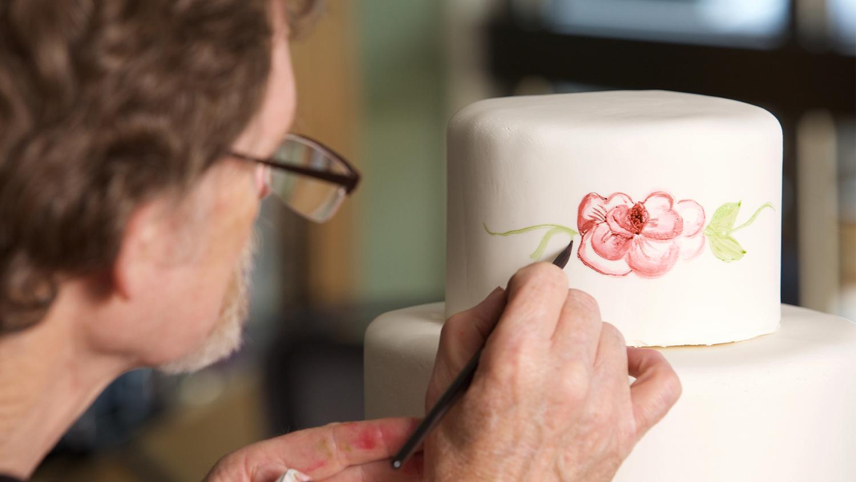 Jack Phillips Designing Cake