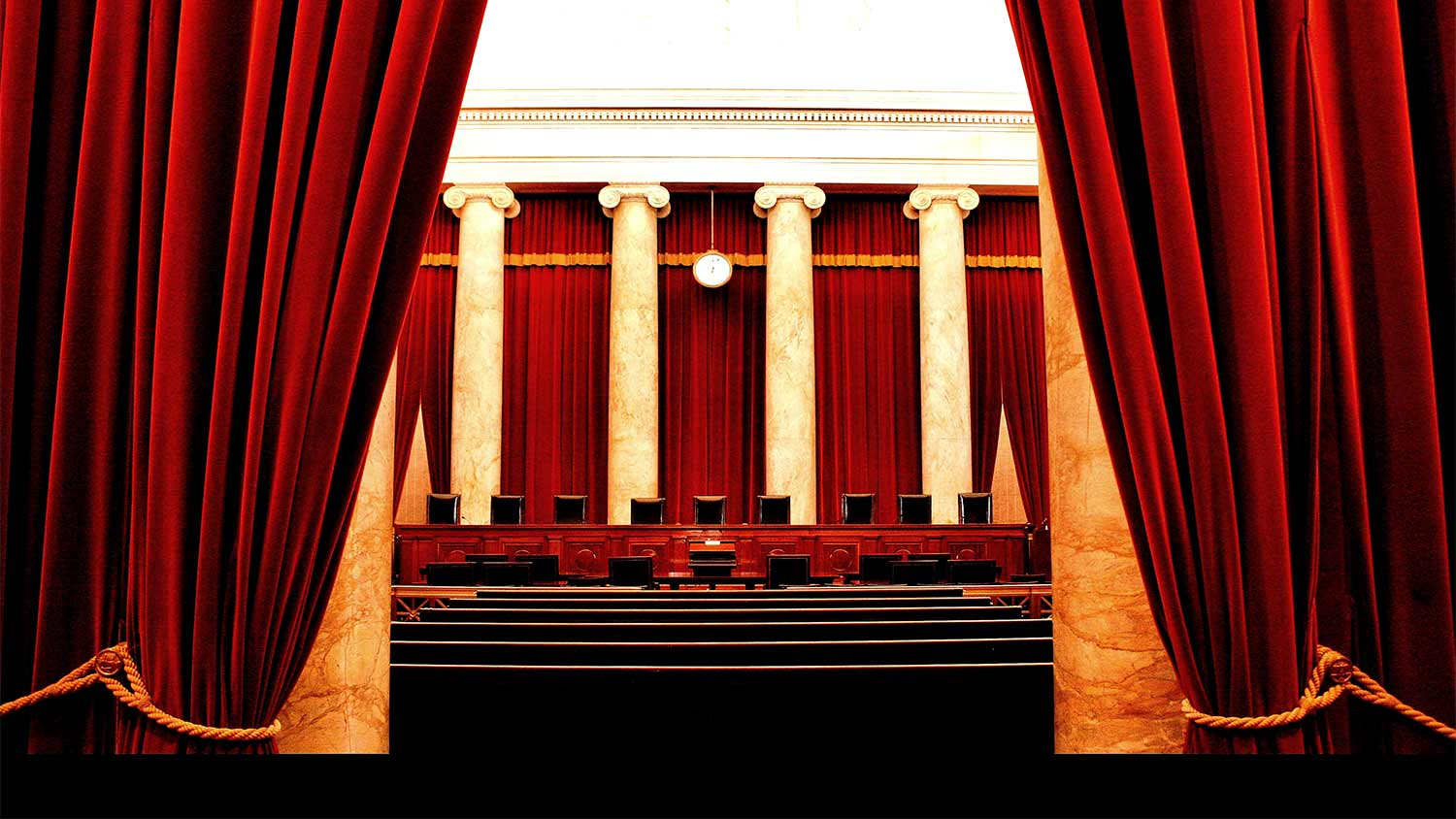 img-inside-supreme-court