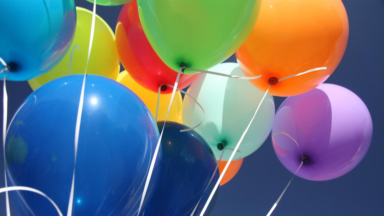 img-rainbow-balloons