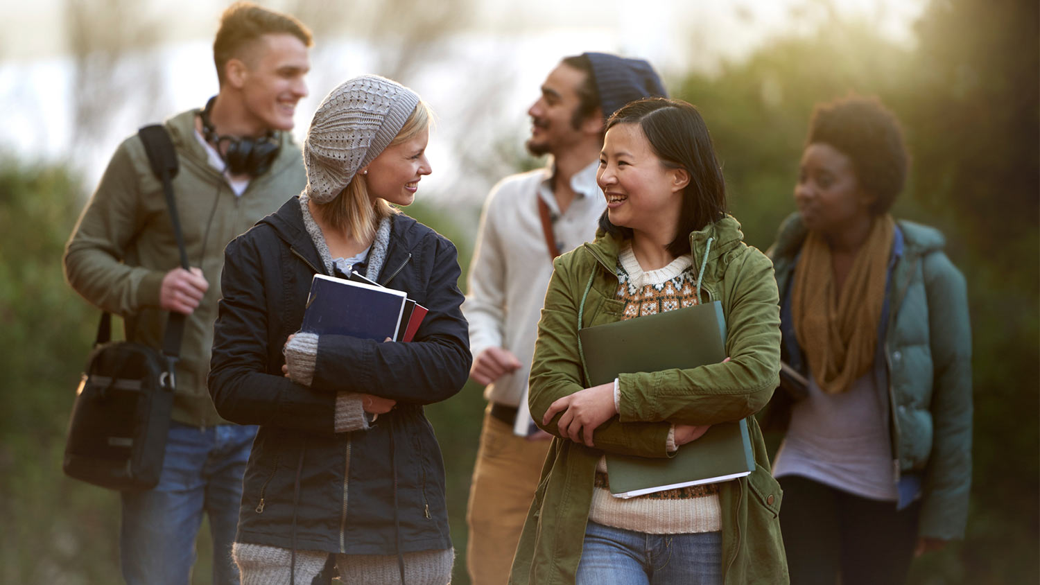 img-students-talking-on-campus